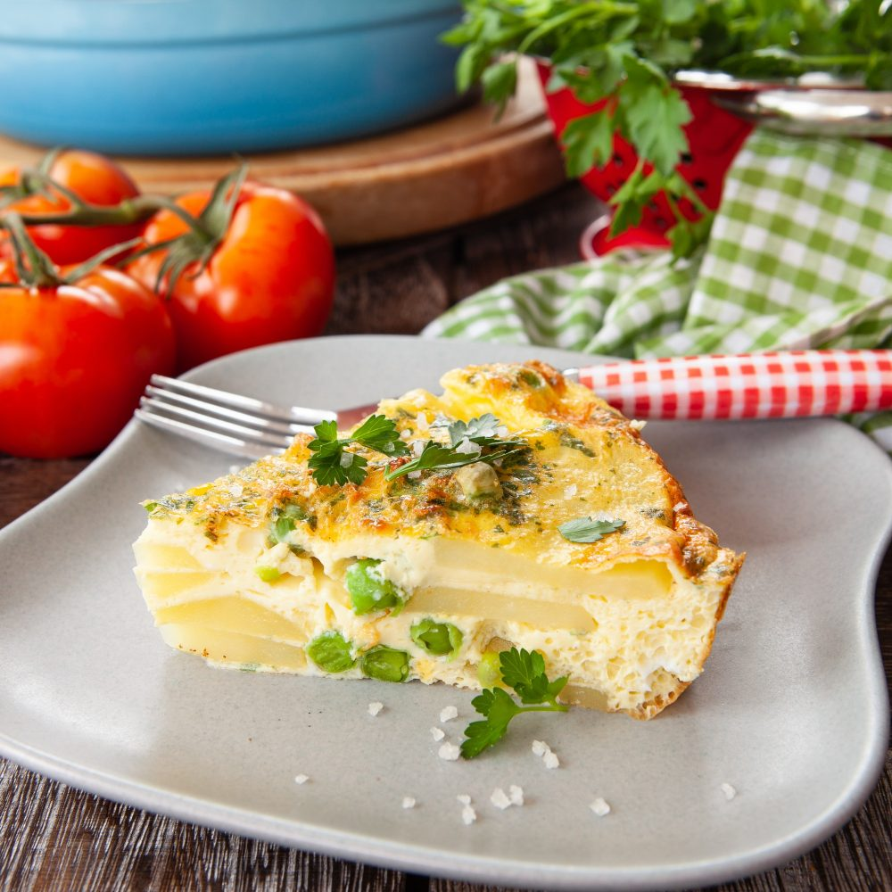Delicious frittata with potatoes and peas